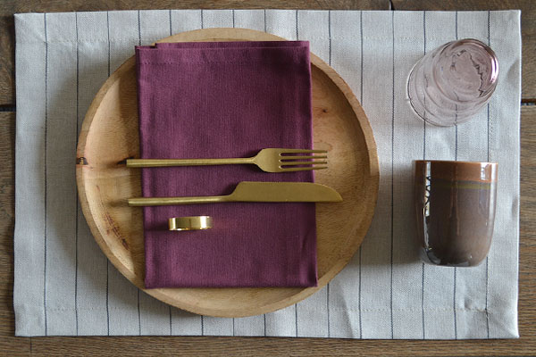 placemat-naturel-linnen-streep-servet-burgundy-paars-cottona-table-textiles