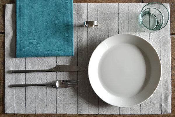 placemat-naturel-linnen-streep-servet-petrol-servetring-nickel-cottona-table-textiles